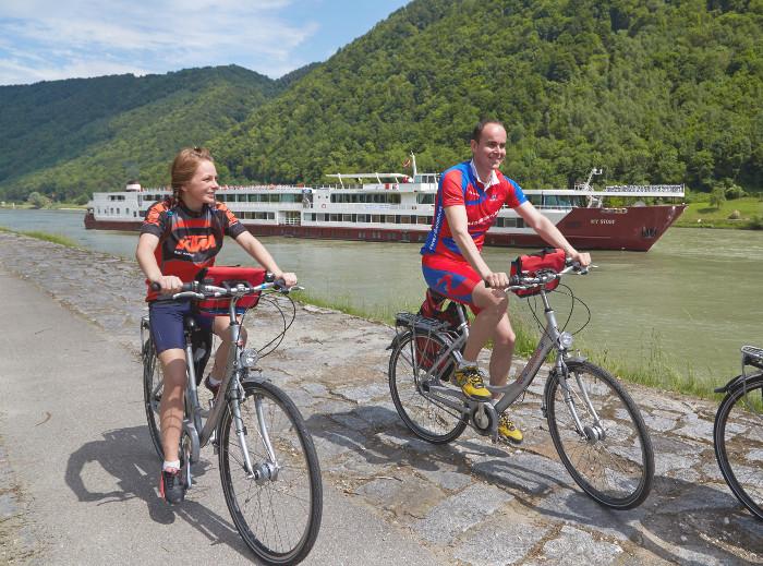Donauradweg Rad & Schiff